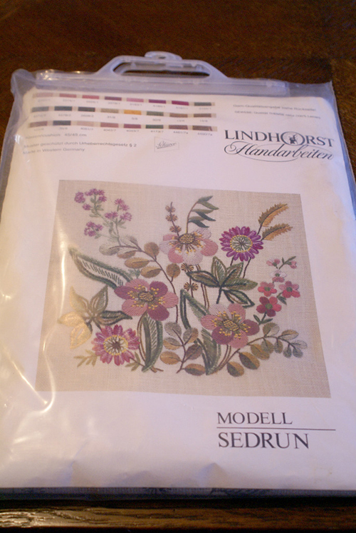 Vintage Lindhorst Needlepoint Stitchery Kit Floral Flower Pillow Case Made in West Germany